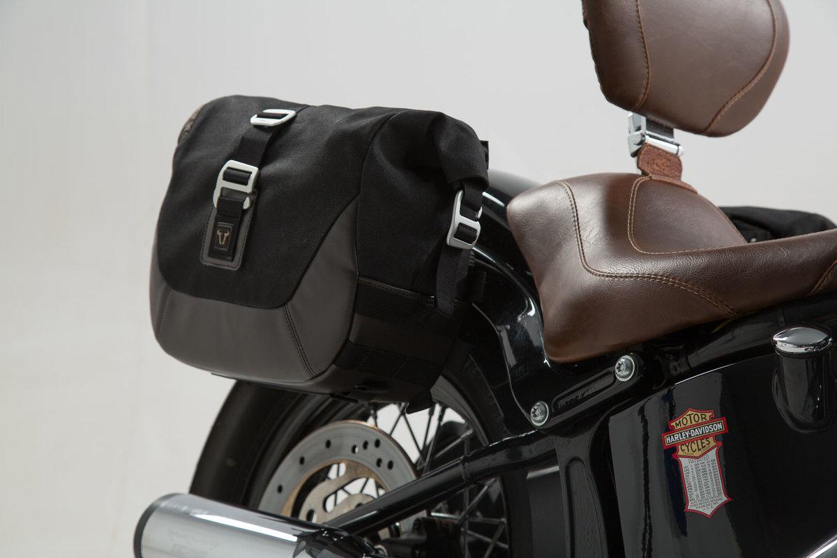 0e23809916 Legend Gear set sacoches latérales et supports. Harley Davidson Softail  Slim / Softail Blackline.