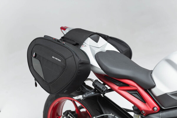 BLAZE H saddlebag set Black/Grey.Street Triple (15-), Daytona 675 (13-).