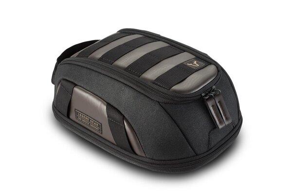 Legend Gear magnetic tank bag LT1 3.0 - 5.5 l. Magnetic fastening. Splash-proof.