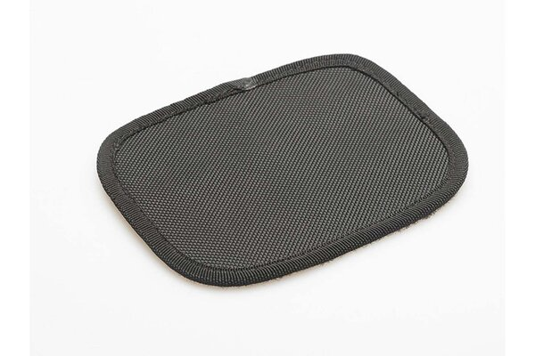 Velcro pads for textile saddlebags As additional cover for velcro fastener.