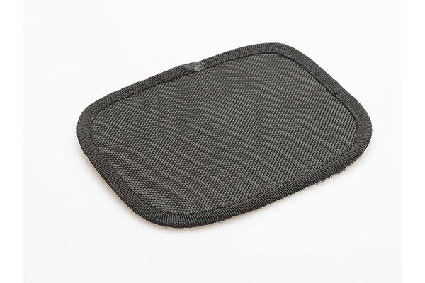 Tampone in velcro per borse portaccessori in tess. Come copertura extra della chiusura in velcro.