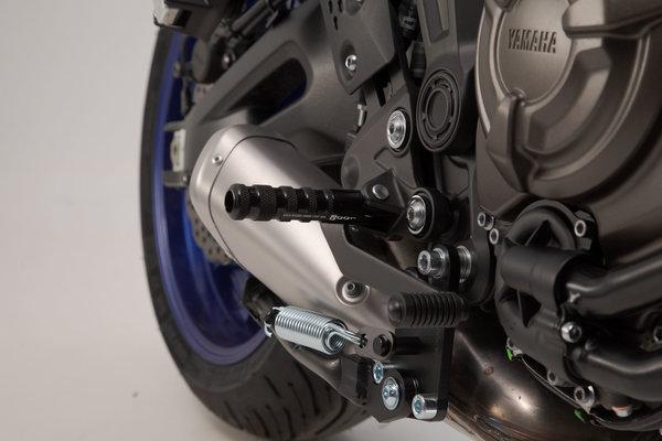 Kit pedane Racing Nero. Yamaha MT-07 / YZF-R3.