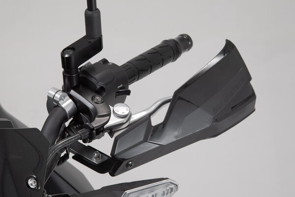 Handguard Mounting Kit Black. For 22 mm handlebars. 1-point attachment.