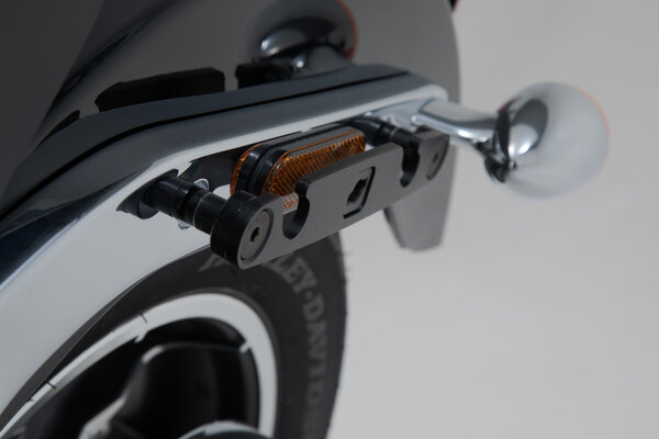 SLH side carrier left Harley-Davidson Softail Low Rider / S (17-).