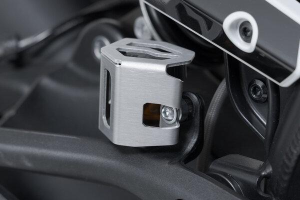 Brake fluid reservoir guard Silver. BMW GS/GT, Ducati, KTM 790 models.