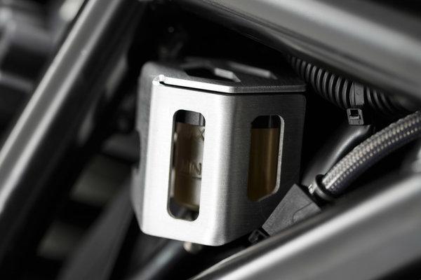 Bremsflüssigkeitsbehälter-Schutz Silbern. BMW F700GS (12-) F800GS / Adv. (13-).