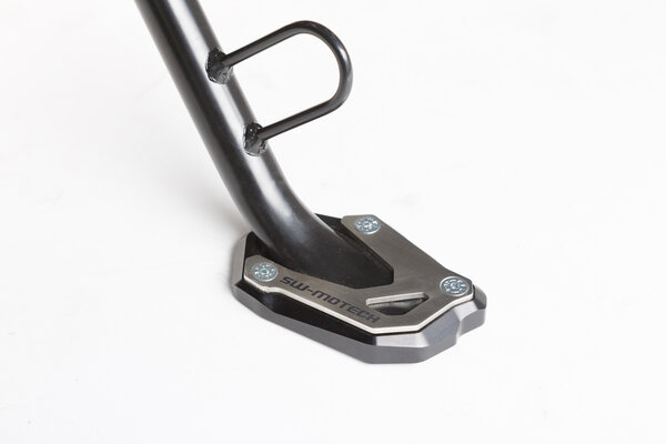 Extension for side stand foot Black/Silver. V-Strom 1000 / 1050, GSX-S 1000/F.