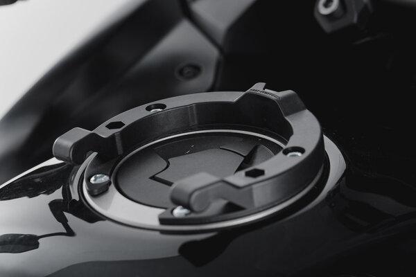 Anello serbatoio ION Nero. Modelli Kawasaki. Serbatoio con 5 viti.