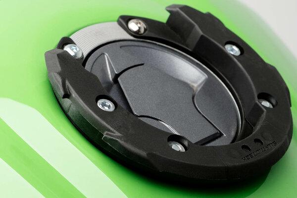 EVO tank ring 6 screws. Yamaha Bulldog (-05).