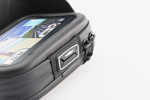 Navi case Pro L Water-resistant. Black.