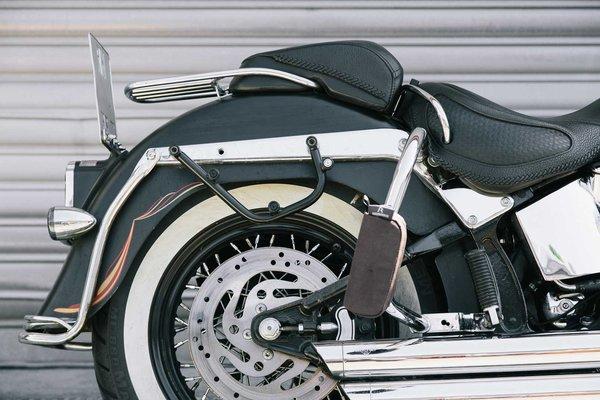 Legend Gear Seitentaschen-System LC Black Edition Harley Davidson Softail Deluxe, Heritage Classic.