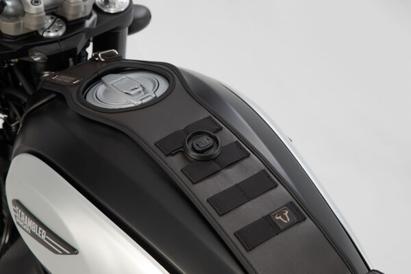 Legend Gear Tankriemen-Set Triumph-Modelle (04-) . Mit Zusatztasche LA2.