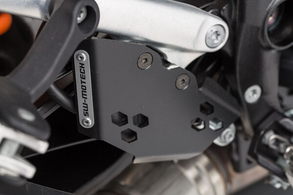 Protezione per pompe freno Nero. KTM 1050/1090/1190/1290 Adventure.