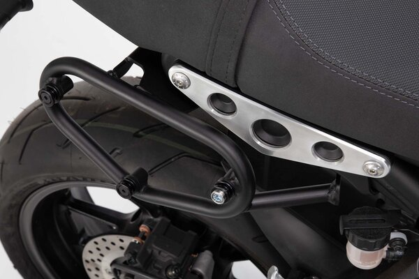 SLC side carrier right Yamaha XSR 900 (15-).