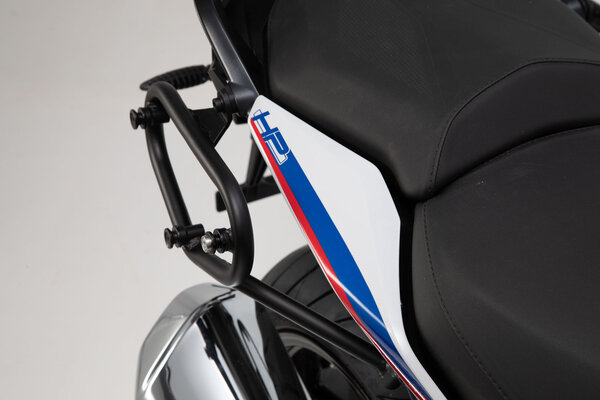 SLC side carrier right BMW R 1200 R (15-18), R 1250 R/RS (18-).