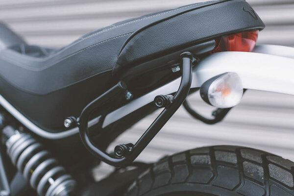 SLC support pour sacoche latérale gauche Modéles Ducati Scrambler (14-).