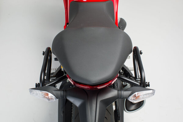 SLC soporte lateral izqiuerda Ducati Monster 797 (16-).