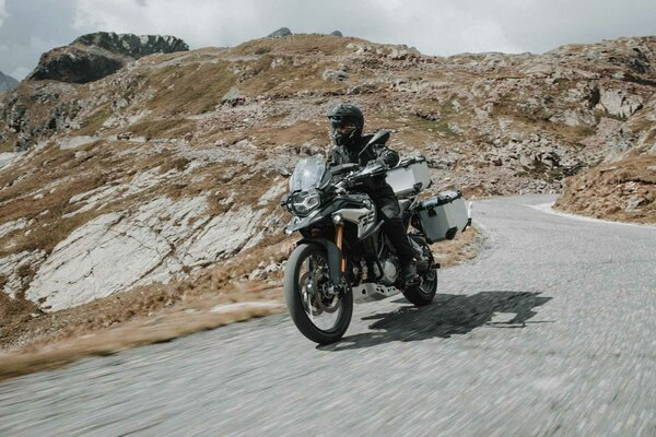 TRAX ADV Alukoffer-System Silbern. 37/37 l. MT-09 Tracer/Tracer 900GT (17-).