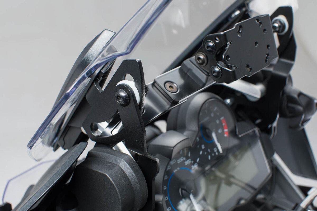 08-12 BMW R 1200 GS SW-Motech Phares-Support argentés .