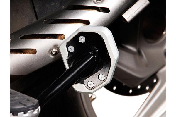 Seitenständerfuß-Verbreiterung Schwarz/Silbern. BMW R1200GS / R1200GS Adventure.