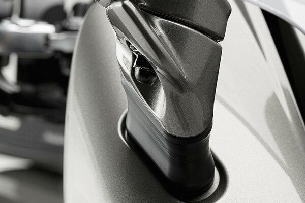 Extension de rétroviseur Profile. Noir. Yamaha FJR1300 (06-).