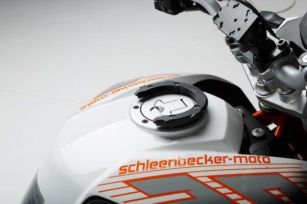 EVO Tankring Schwarz. KTM Duke 390 (13-16).