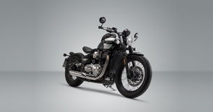 test triumph bobber black bobbers coming home. Black Bedroom Furniture Sets. Home Design Ideas